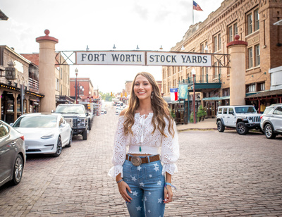 Fort Worth Senior Pictures with Kelly Stark Photography
